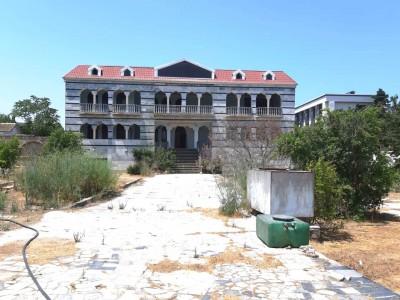 Bakı şəhəri, Xəzər rayonu, Şüvəlan qəsəbəsində bağ satılır (Elan: 110079)
