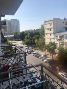 Bakı şəhəri, Nəsimi rayonunda, 2 otaqlı köhnə tikili satılır (Elan: 107795)