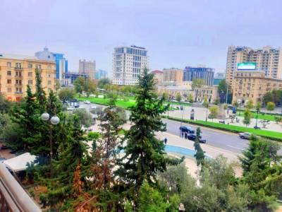 Bakı şəhəri, Yasamal rayonunda, 1 otaqlı köhnə tikili satılır (Elan: 159432)