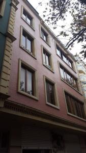 Bakı şəhəri, Nərimanov rayonunda, 3 otaqlı yeni tikili kirayə verilir (Elan: 106827)