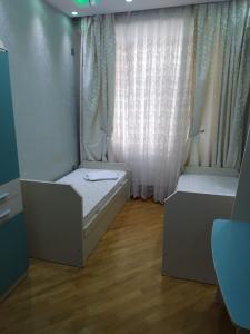 Bakı şəhəri, Nəsimi rayonunda, 3 otaqlı yeni tikili kirayə verilir (Elan: 107299)