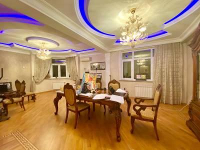 Bakı şəhəri, Nəsimi rayonunda, 6 otaqlı yeni tikili satılır (Elan: 158030)