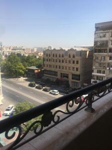 Bakı şəhəri, Nərimanov rayonunda, 3 otaqlı yeni tikili satılır (Elan: 107533)