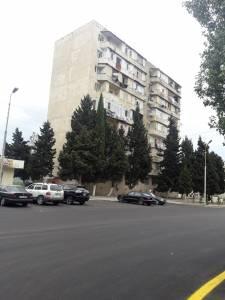 Bakı şəhəri, Nizami rayonu, 8-ci kilometr qəsəbəsində, 3 otaqlı köhnə tikili satılır (Elan: 114227)