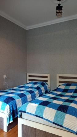 Bakı şəhəri, Sabunçu rayonu, Bakıxanov qəsəbəsində, 3 otaqlı köhnə tikili satılır (Elan: 193691)
