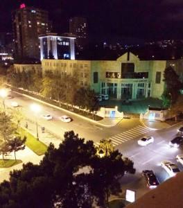 Bakı şəhəri, Nəsimi rayonunda, 2 otaqlı köhnə tikili satılır (Elan: 120568)