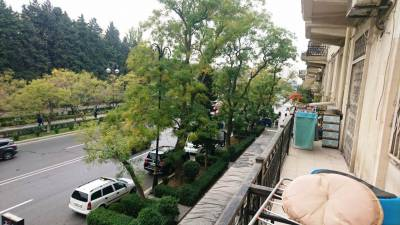 Bakı şəhəri, Yasamal rayonunda, 2 otaqlı köhnə tikili satılır (Elan: 118131)
