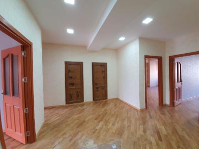 Bakı şəhəri, Nərimanov rayonunda, 3 otaqlı yeni tikili kirayə verilir (Elan: 107953)
