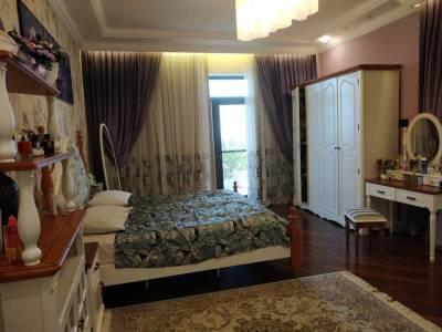Bakı şəhəri, Səbail rayonunda, 12 otaqlı ev / villa kirayə verilir (Elan: 115560)