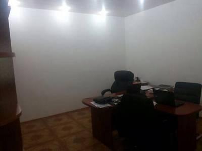 Bakı şəhəri, Yasamal rayonunda, 4 otaqlı ofis kirayə verilir (Elan: 160111)