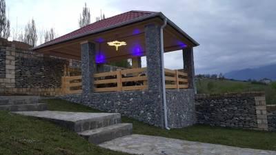 Quba şəhərində, 8 otaqlı ev / villa satılır (Elan: 131677)