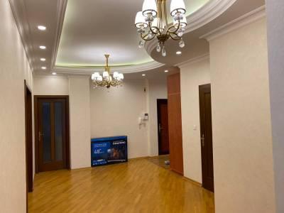 Bakı şəhəri, Nəsimi rayonunda, 3 otaqlı yeni tikili kirayə verilir (Elan: 153863)