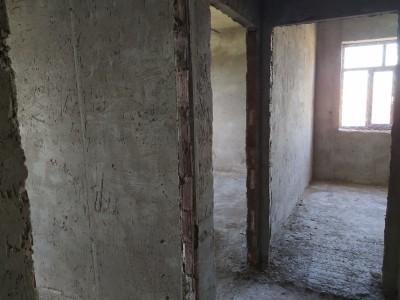 Bakı şəhəri, Abşeron rayonu, Masazır qəsəbəsində, 2 otaqlı yeni tikili satılır (Elan: 108920)
