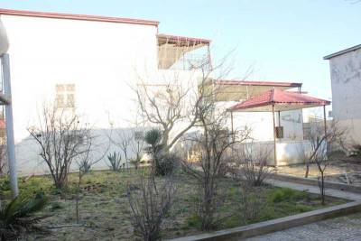 Bakı şəhəri, Suraxanı rayonu, Hövsan qəsəbəsində, 8 otaqlı ev / villa satılır (Elan: 158401)