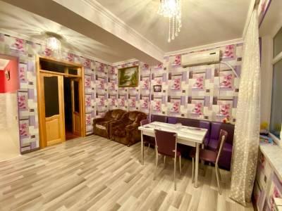 Bakı şəhəri, Nəsimi rayonunda, 5 otaqlı köhnə tikili satılır (Elan: 158024)