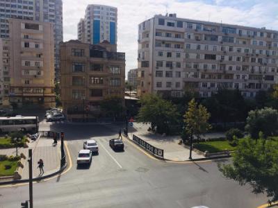 Bakı şəhəri, Xətai rayonunda, 2 otaqlı yeni tikili satılır (Elan: 107739)
