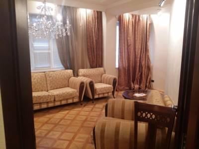 Bakı şəhəri, Nəsimi rayonunda, 2 otaqlı yeni tikili kirayə verilir (Elan: 157892)