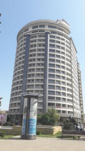 Bakı şəhəri, Səbail rayonunda, 4 otaqlı yeni tikili kirayə verilir (Elan: 106375)