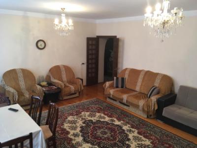 Bakı şəhəri, Nərimanov rayonunda, 3 otaqlı köhnə tikili satılır (Elan: 107605)