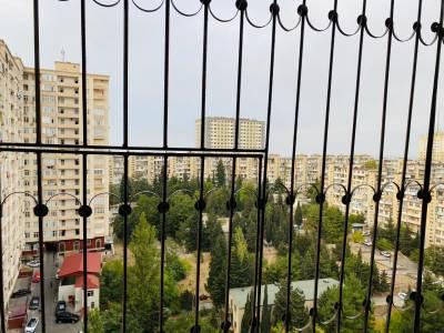 Bakı şəhəri, Binəqədi rayonu, 9-cu mikrorayon qəsəbəsində, 1 otaqlı yeni tikili satılır (Elan: 157440)