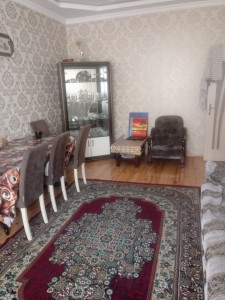 Xırdalan şəhərində, 3 otaqlı ev / villa kirayə verilir (Elan: 109695)
