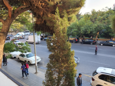 Bakı şəhəri, Nərimanov rayonunda, 3 otaqlı köhnə tikili satılır (Elan: 107279)