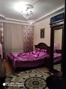 Bakı şəhəri, Binəqədi rayonu, 9-cu mikrorayon qəsəbəsində, 3 otaqlı yeni tikili satılır (Elan: 140206)