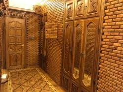 Bakı şəhəri, Nərimanov rayonunda, 4 otaqlı köhnə tikili kirayə verilir (Elan: 183723)