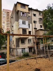 Bakı şəhəri, Yasamal rayonunda, 2 otaqlı köhnə tikili satılır (Elan: 106450)