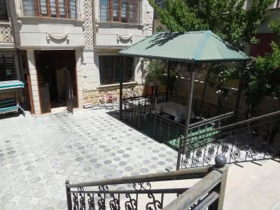 Bakı şəhəri, Nəsimi rayonunda, 8 otaqlı ev / villa satılır (Elan: 145579)