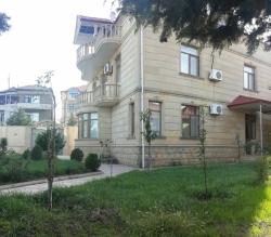 Bakı şəhəri, Səbail rayonu, Badamdar qəsəbəsində, 4 otaqlı ev / villa kirayə verilir (Elan: 183950)