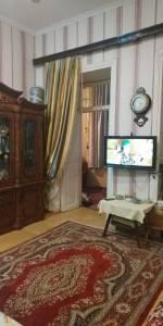 Bakı şəhəri, Yasamal rayonunda, 3 otaqlı köhnə tikili satılır (Elan: 120110)