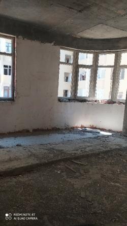 Xırdalan şəhərində, 2 otaqlı yeni tikili satılır (Elan: 200797)