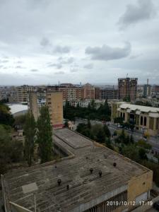 Bakı şəhəri, Nəsimi rayonu, 4-cü mikrorayon qəsəbəsində, 1 otaqlı yeni tikili satılır (Elan: 109424)