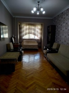 Bakı şəhəri, Nərimanov rayonunda, 2 otaqlı köhnə tikili satılır (Elan: 108585)