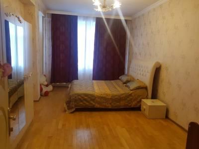 Bakı şəhəri, Yasamal rayonunda, 1 otaqlı yeni tikili kirayə verilir (Elan: 144608)