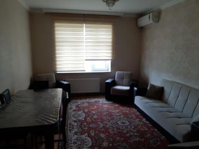 Bakı şəhəri, Nərimanov rayonunda, 3 otaqlı yeni tikili kirayə verilir (Elan: 106606)