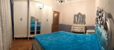 Bakı şəhəri, Nərimanov rayonunda, 10 otaqlı ev / villa satılır (Elan: 108651)