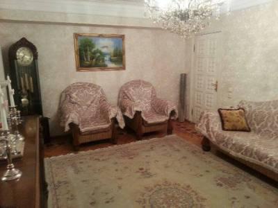 Bakı şəhəri, Nəsimi rayonunda, 3 otaqlı köhnə tikili satılır (Elan: 167424)