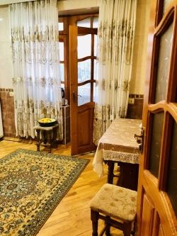 Bakı şəhəri, Binəqədi rayonunda, 1 otaqlı köhnə tikili satılır (Elan: 180623)