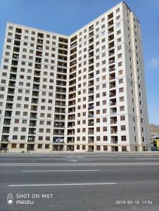 Bakı şəhəri, Səbail rayonu, Bayıl qəsəbəsində, 2 otaqlı yeni tikili satılır (Elan: 106876)