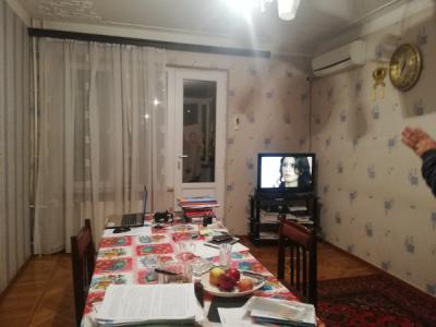 Bakı şəhəri, Nərimanov rayonunda, 3 otaqlı köhnə tikili satılır (Elan: 107429)