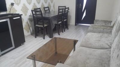 Bakı şəhəri, Nizami rayonunda, 3 otaqlı köhnə tikili satılır (Elan: 110596)