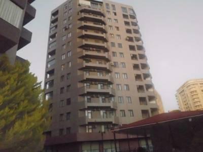 Bakı şəhəri, Nərimanov rayonunda, 3 otaqlı yeni tikili kirayə verilir (Elan: 126611)