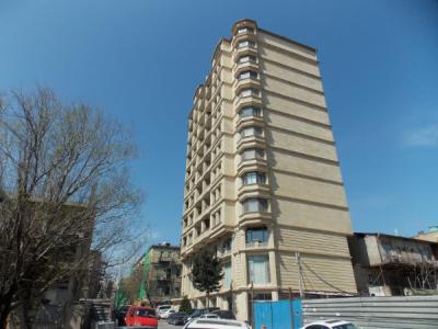 Bakı şəhəri, Yasamal rayonunda, 3 otaqlı yeni tikili kirayə verilir (Elan: 107386)