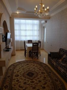 Bakı şəhəri, Nizami rayonunda, 2 otaqlı yeni tikili kirayə verilir (Elan: 107072)