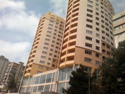 Bakı şəhəri, Yasamal rayonunda, 3 otaqlı yeni tikili satılır (Elan: 107119)