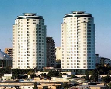 Bakı şəhəri, Nəsimi rayonunda, 5 otaqlı yeni tikili satılır (Elan: 142679)