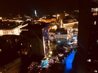 Bakı şəhəri, Nəsimi rayonunda, 4 otaqlı yeni tikili kirayə verilir (Elan: 109425)