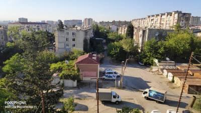 Bakı şəhəri, Nizami rayonu, 8-ci kilometr qəsəbəsində, 3 otaqlı köhnə tikili satılır (Elan: 172449)